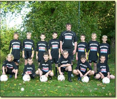 Die BTB D-Jugend-Mannschaft 2007/2008 in neuem Gewand